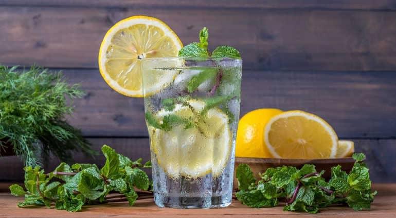 Как приготовить воду с лимоном