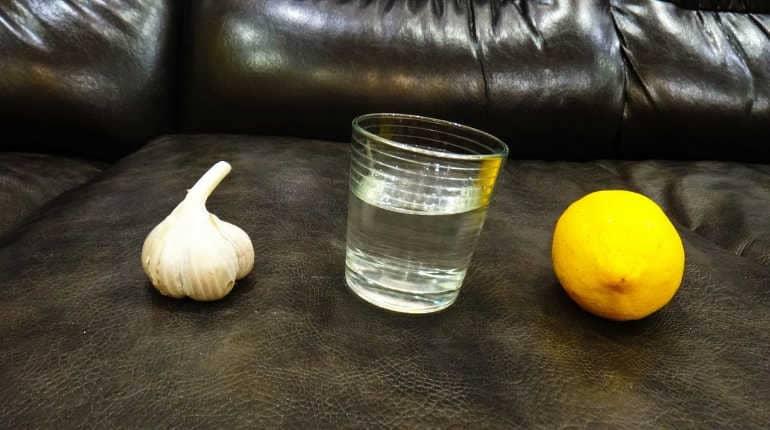 Вода с чесноком и лимоном