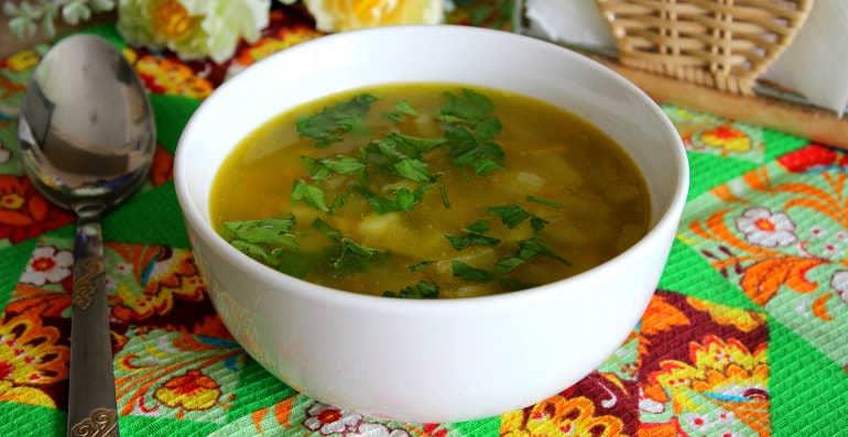 Гороховый суп с любистоком