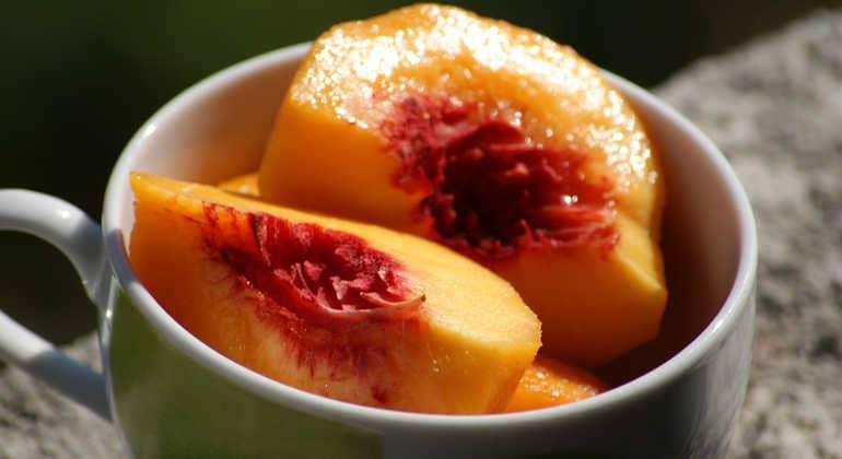 Персики для женщин