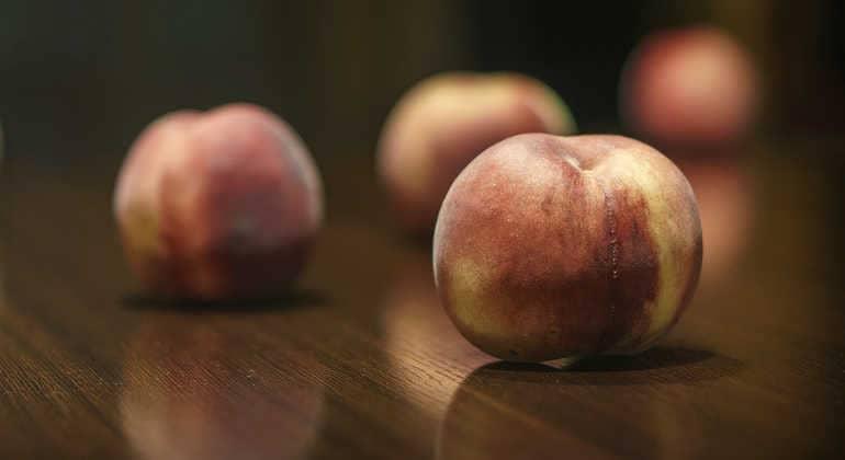 Противопоказания персиков